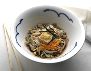 Recipe - Udon noodle broth with tempura tofu and carrots