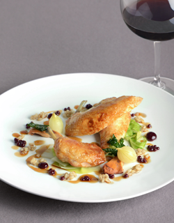 Recipe - Roast poussin with pearl barley, apple and blackberry agar-agar jelly pearls, braised onions and mushrooms