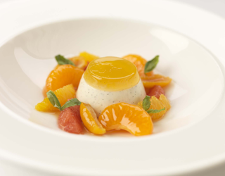 Recipe - Vanilla panna cotta with basil-infused citrus fruits