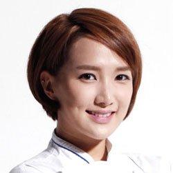 alumni_Gabriela Kook2