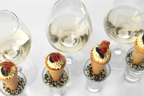canapés and wine pairings course