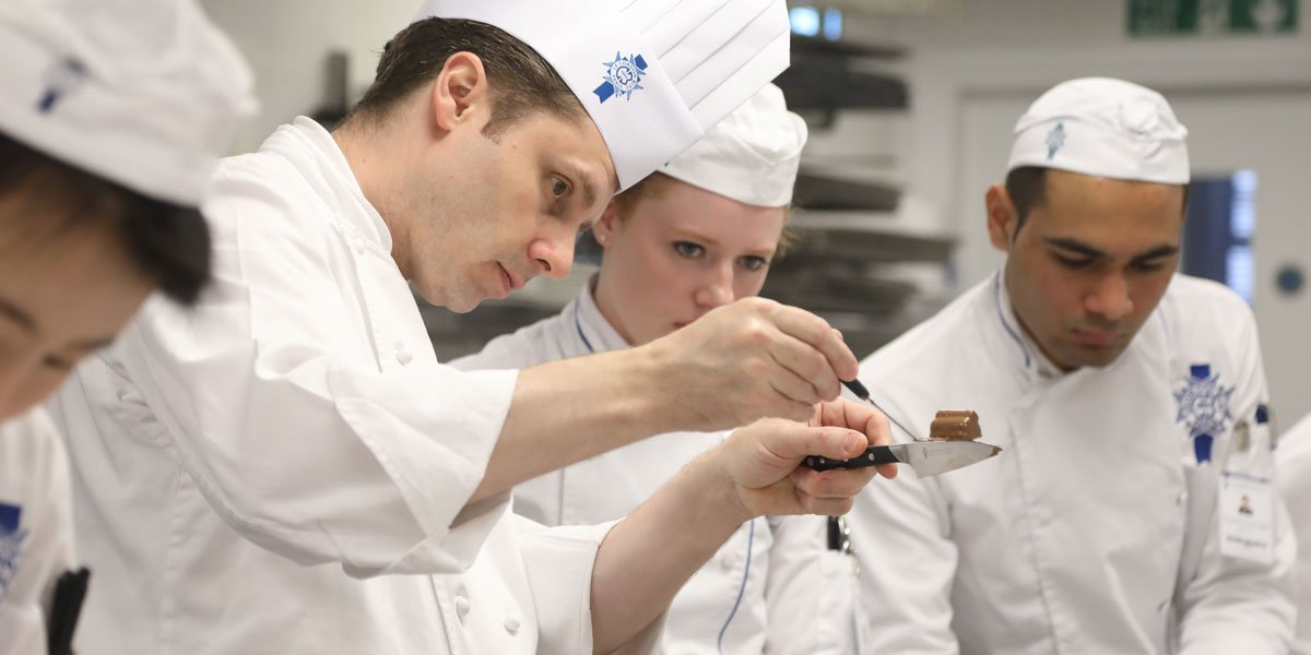 chef nick patterson and le cordon bleu london student