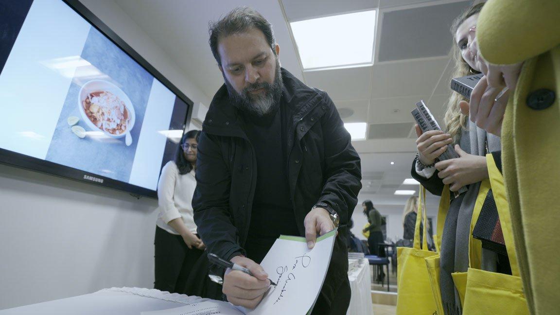 enrique Olvera signing book