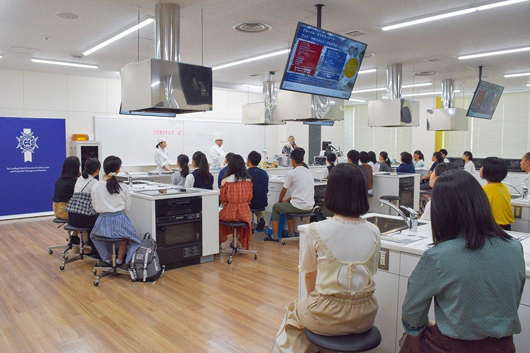 校园博览会期间举办的模拟授课