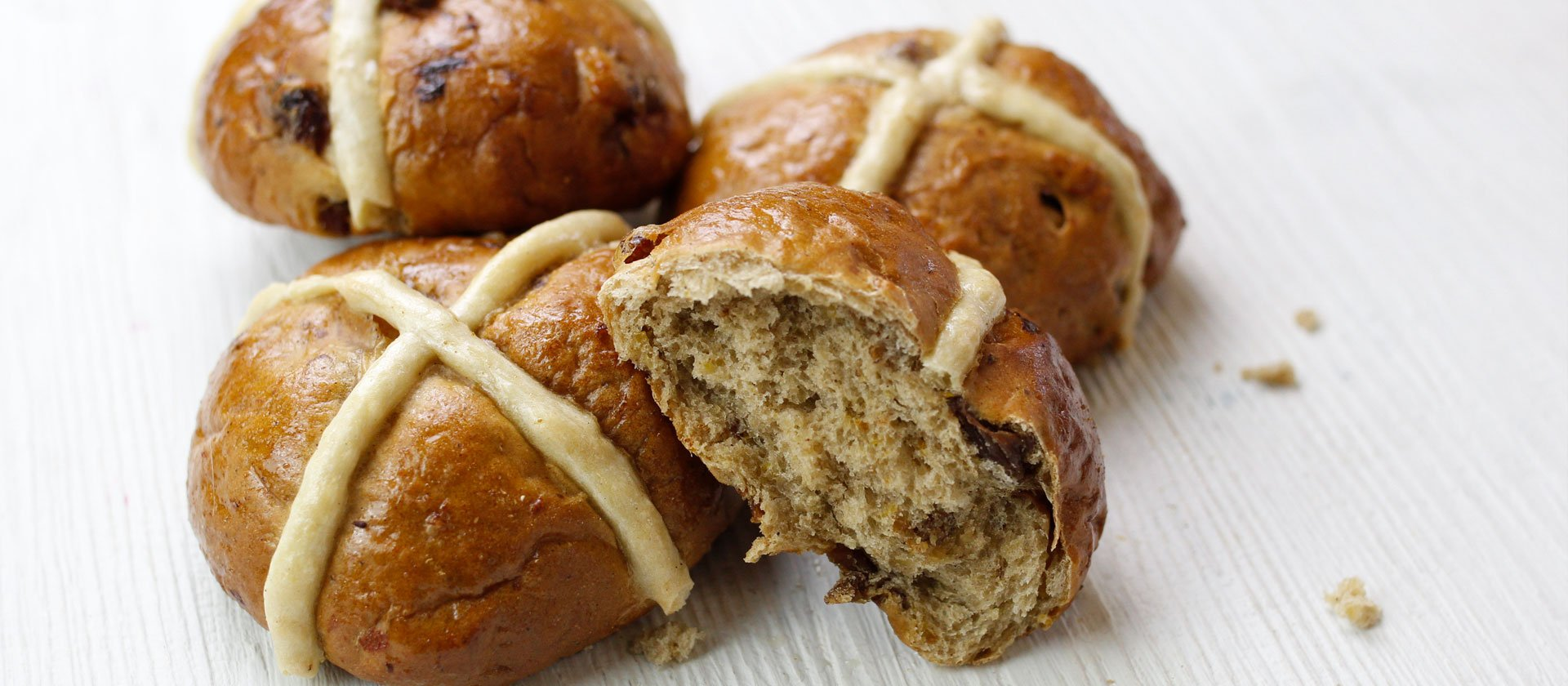 Easter Hot Cross Buns Recipe Le Cordon Bleu