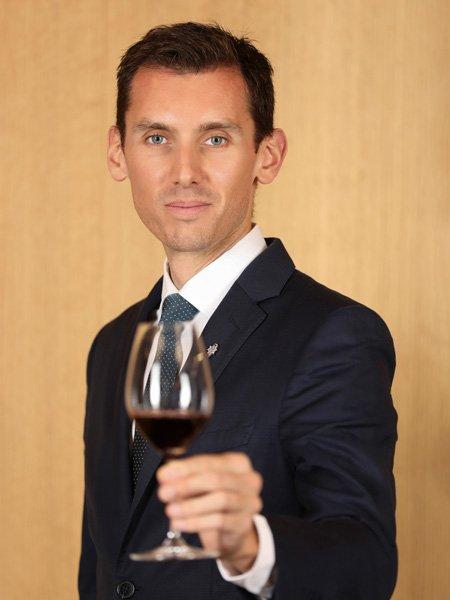 Head Sommelier Clément Gautier
