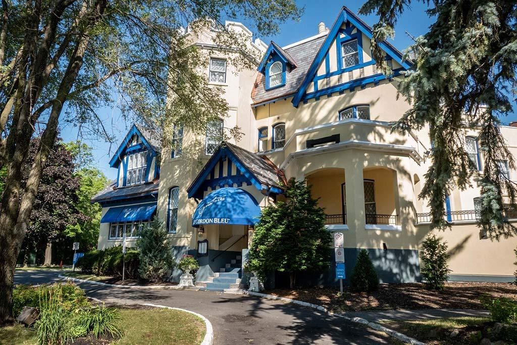 The Munross, Home of Le Cordon Bleu Ottawa and Signatures Restaurant, 2019