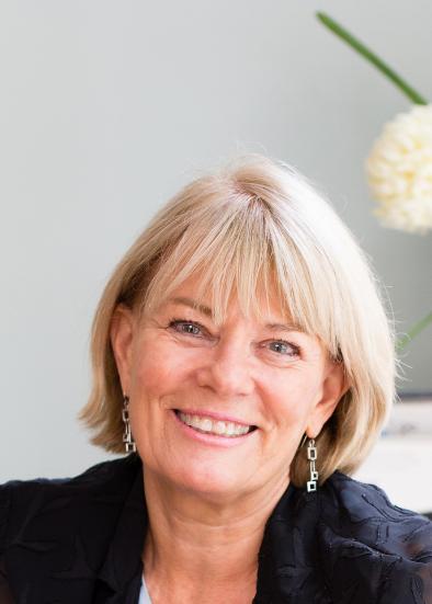 Ms Diana Keilar
