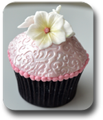 Flower decoration cupcake