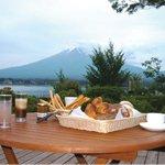 湖畔のパン工房 Lake Bake(レイク ベイク)& Café