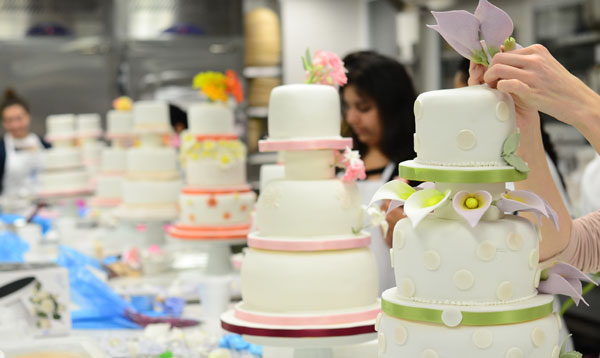 Cake Decorating short course at Le Cordon Bleu London