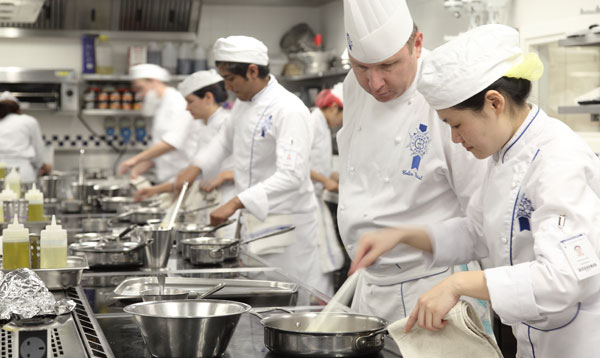 learn cuisine techniques at le cordon bleu london