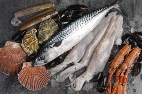 fish and shellfish cooking course at Le Cordon Bleu London